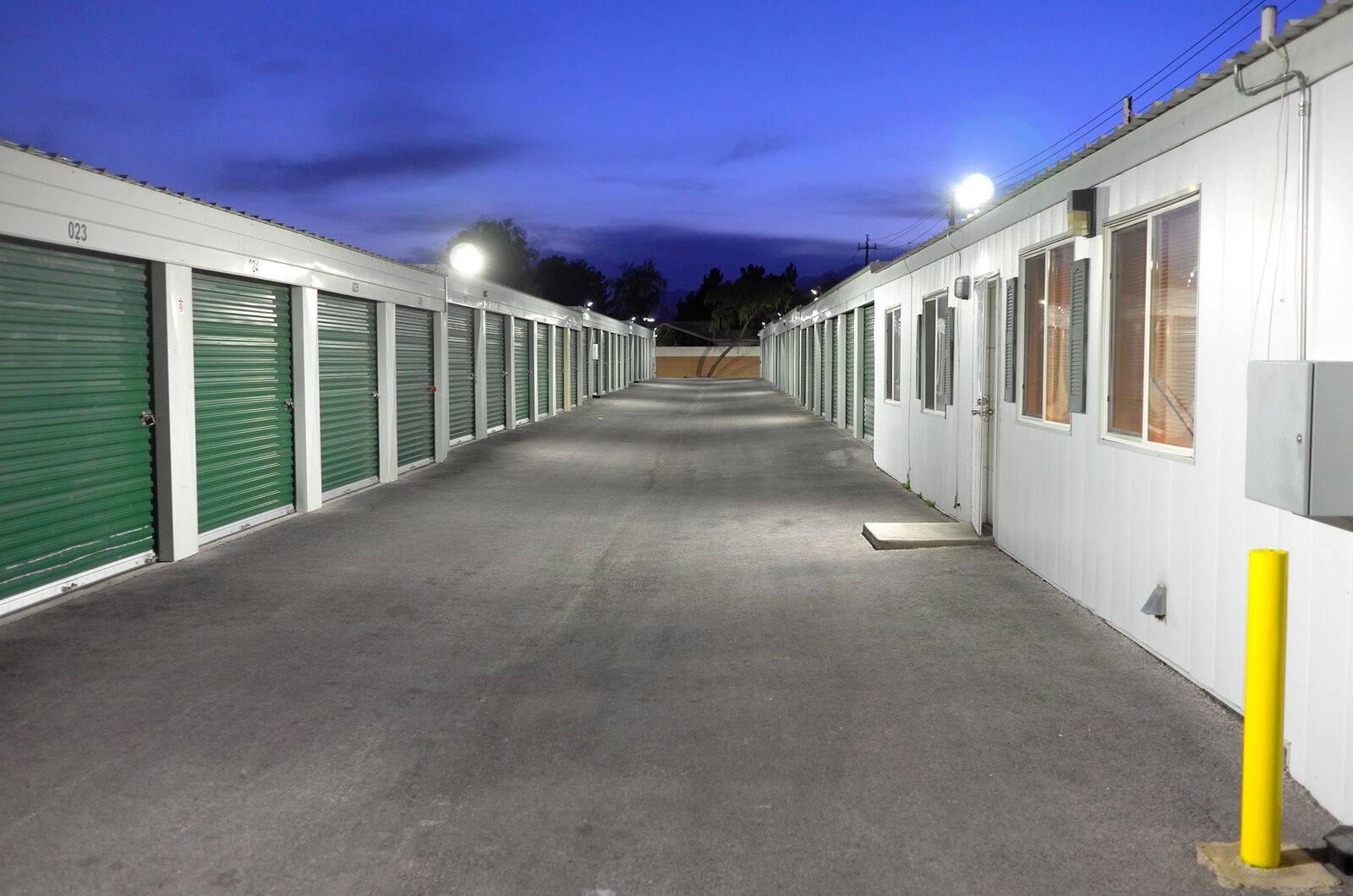 24 7 Storage Unit