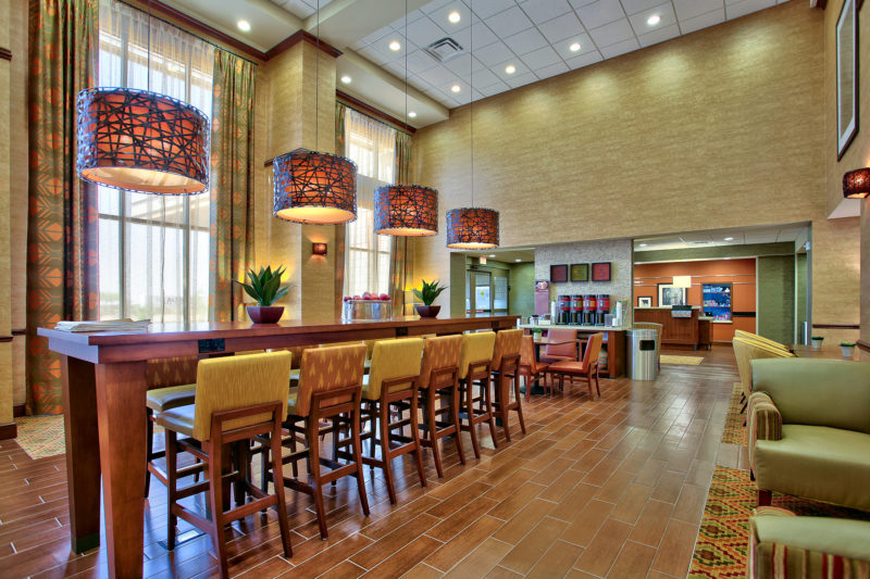 Hampton Inn & Suites seating area