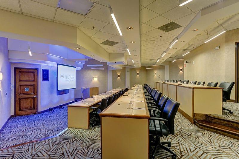 Hilton Phoenix Airport meeting room