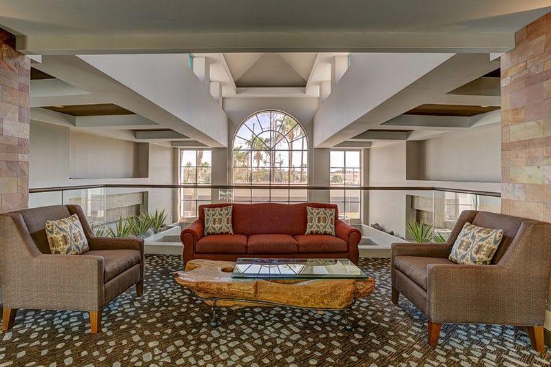 Hilton Phoenix Airport seating area
