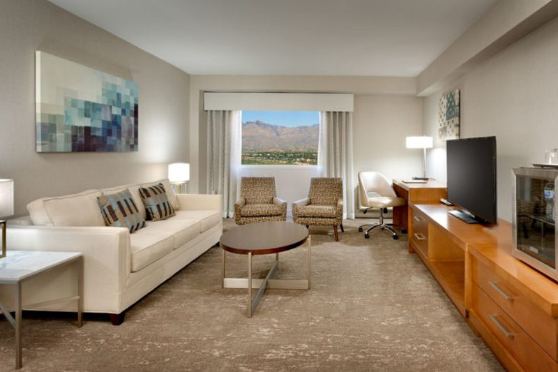 Hilton Tucson East Living Room