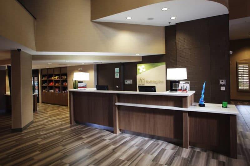 Holiday Inn Ocotillo Chandler Entrance