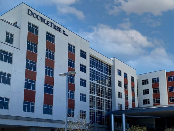 Picture of the DoubleTree by Hilton Hotel in Tucson, AZ