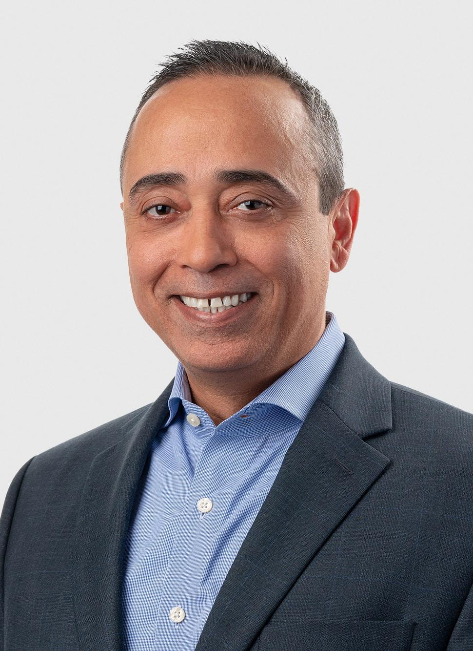 Michael Rosales Headshot